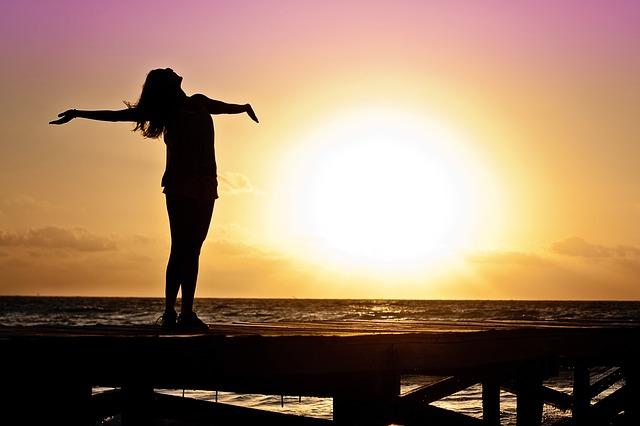 Hoy demos GRACIAS a DIOS porque nos regala un día más de vida