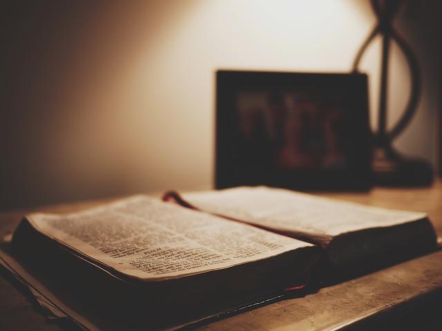 Ejemplos de la Biblia para solucionar problemas en su vida diaria